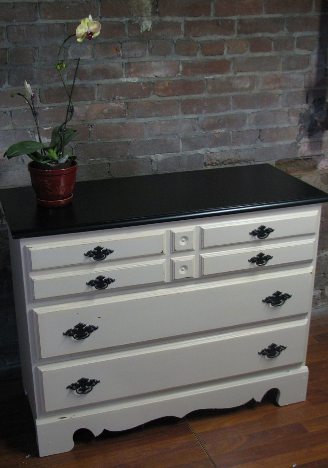 How to paint your dresser with a Pottery Barn-ish style!