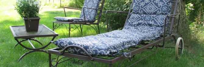 Tuesday's Treasures – Antique Patio Set