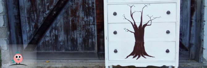 Tuesday's Treasures – A Tree Without a Bird Dresser