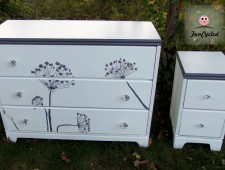 Tuesday's Treasures Queen Anne's Lace Dresser Set
