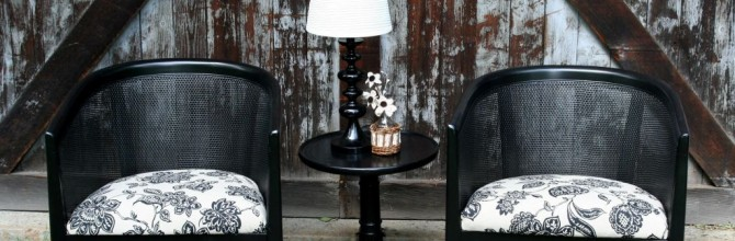 Black and Cream Chair Set