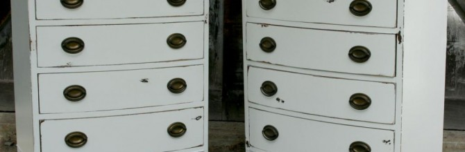 Small White Dresser Set