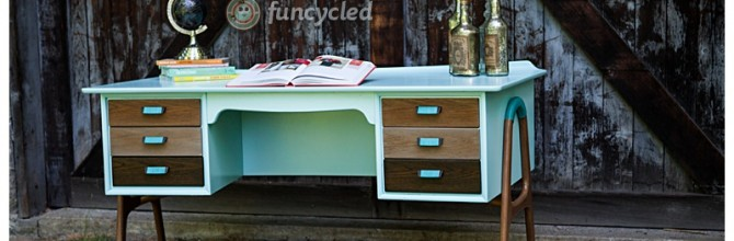 Aqua and Ombre Mid Century Desk – Tuesday's Treasures