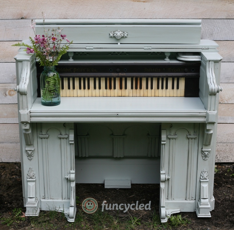 Organ Desk