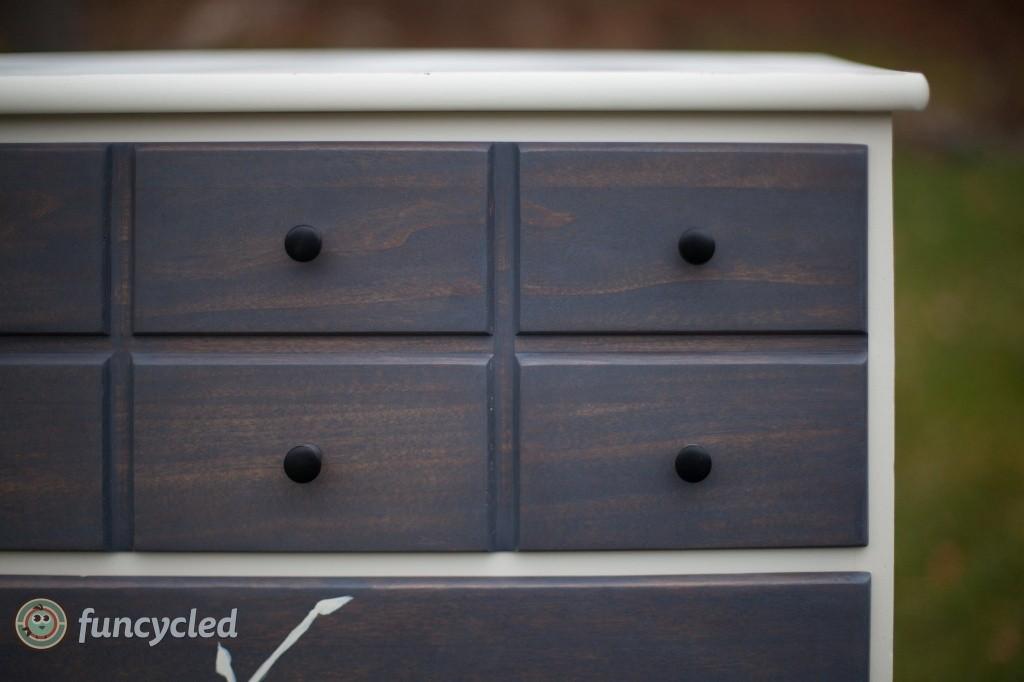orchad dresser