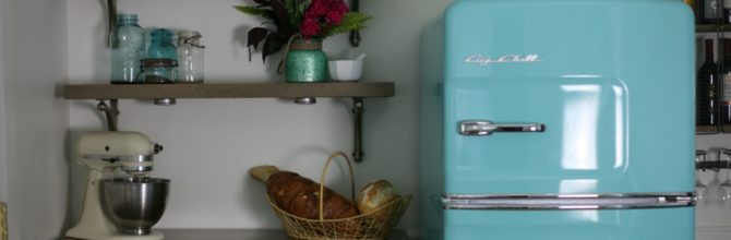 Retro Farmhouse Kitchen Makeover –  Tuesday's Treasures