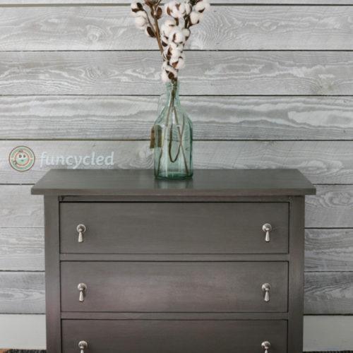 Petite Dresser