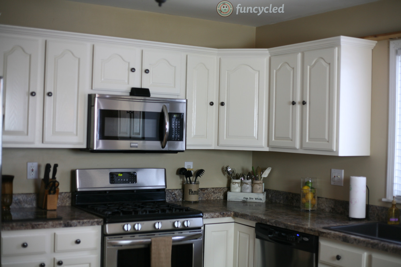 oak kitchen cabinets painted navajo white - funcycled