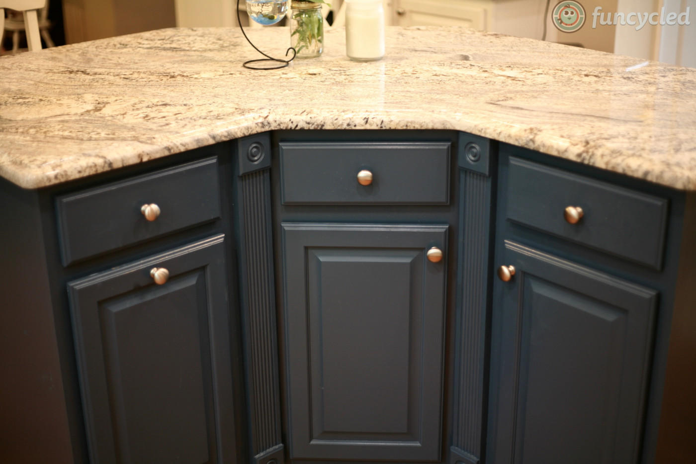kitchen cabinets painted pale oak and gentleman s gray. Black Bedroom Furniture Sets. Home Design Ideas