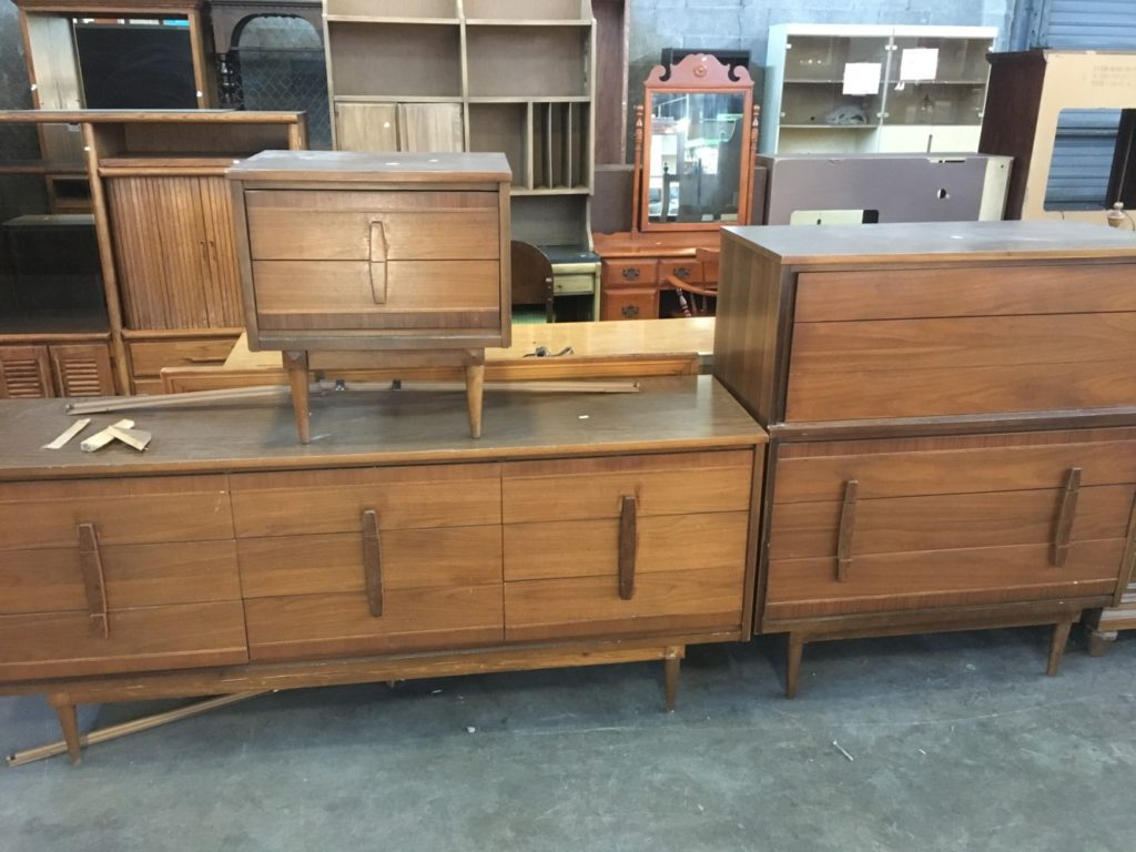 Mid Century Modern Bedroom Set For Sale Funcycled